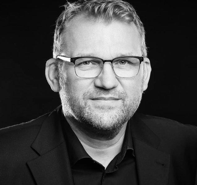 Redaktion - Jörg Küpperfahrenberg